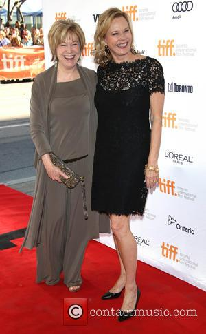 Mary Kay Place and Jobeth Williams