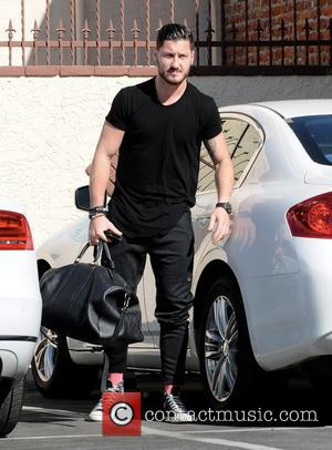 Val Chmerkovskiy - Contestants outside a rehearsal studio for 'Dancing With The Stars' season 17 - Hollywood, CA, United States...