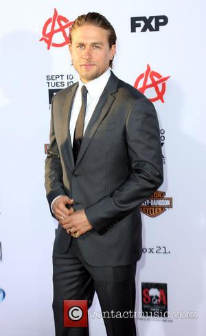 Charlie Hunnam - Premiere of FX's 'Sons of Anarchy' season six at Dolby Theatre - Arrivals - Los Angeles, CA,...