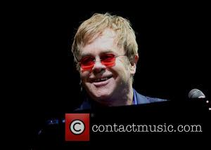 Elton John Calls For Boycott Of Fashion House Dolce & Gabbana Over IVF Comments