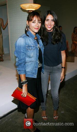 Rashida Jones and Jodie Snyder