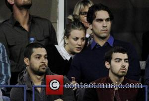 Kaley Cuoco, Ryan Sweeting, Wilmer Valdarama and Joe Jonas