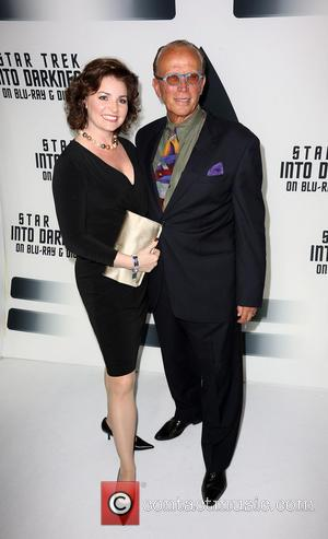 Shari Stowe and Peter Weller