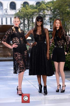 Anne V, Naomi Campbell and Lydia Hearst - Taping Oxygen's Modeling Competition
