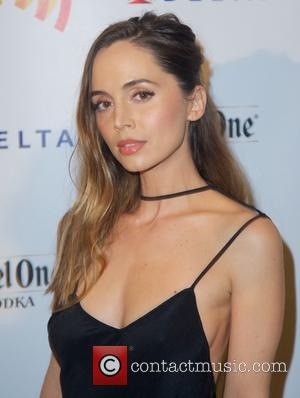 Eliza Dushka's Halloween Nightmare - Bag Snatched But Returned In Providence