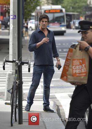 Brandon Davis - Brandon Davis stands kerbside after leaving his hotel in Manhattan - New York City, New York ,...