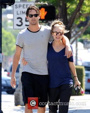 Kaley Cuoco , Ryan Sweeting - 'The Big Bang Theory' star Kaley Cuoco strolling with her new boyfriend Ryan Sweeting....