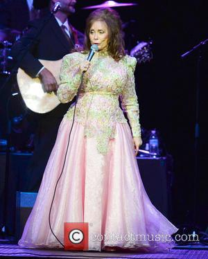 Loretta Lynn Set For Country Music Hall Of Fame Exhibit Honour
