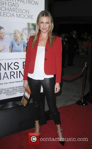 Rebecca Romijn - Los Angeles premiere of 'Thanks For Sharing' at ArcLight Hollywood - Los Angeles, CA, United States -...