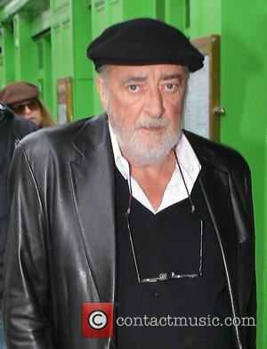 Fleetwood Mac Cancel World Tour After Bassist, John Mcvie, Receives Cancer Diagnosis