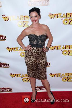 Jessica Sutta - Los Angeles Opening Night of 'The Wizard Of Oz' - Arrivals - Hollywood, CA, United States -...