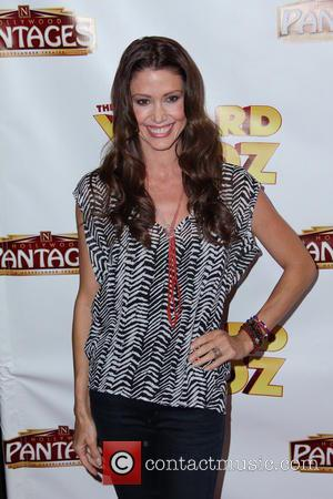 Shannon Elizabeth - Los Angeles Opening Night of 'The Wizard Of Oz' - Arrivals - Hollywood, CA, United States -...