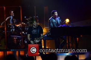 Lionel Richie and Ben Mauro(l)
