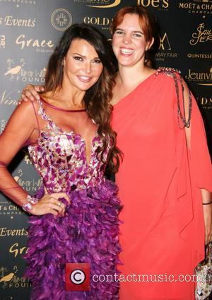 Lizzie Cundy and Victoria Artkin