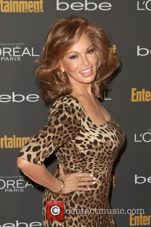 Raquel Welch - Entertainment Weekly's Pre-Emmy Party at Fig & Olive Melrose Place - Arrivals - Beverly Hills, California, United...