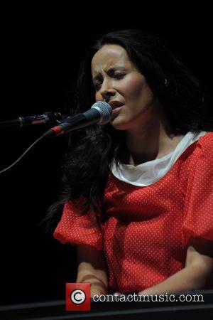 Nerina Pallot - Barry Gibb Mythology The Tour - Birmingham, United Kingdom - Saturday 21st September 2013