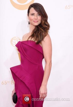 Linda Cardellini - 65th Annual Primetime Emmy Awards held at Nokia Theatre L.A. Live - Arrivals - Los Angeles, California,...