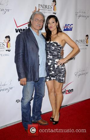 Edward James Olmos - Padres Contra El Cancer 13th Annual 'El Sueno De Esperanza' gala - Red Carpet - Los...