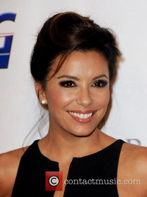 Eva Longoria - Padres Contra El Cancer 13th Annual 'El Sueno De Esperanza' gala - Red Carpet - Los Angeles,...