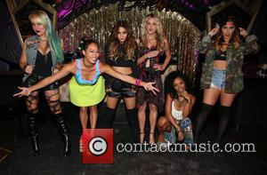 Brooke Adams, Nori Juliano, Vanessa Hudgens, Laura New, Dominique Domingo and Jamie Ruiz