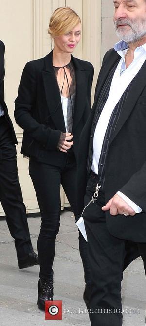 Vanessa Paradis Dating French Pop Star Benjamin Biolay - Report