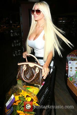 Courtney Stodden - Courtney Stodden shopping late at night at Pavilion on Santa Monica Boulevard in West Hollywood - Los...