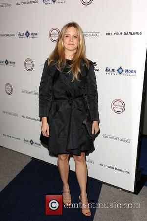 Jennifer Jason Leigh - Los Angeles premiere of 'Kill Your Darlings' at the Writers Guild of America Theatre. - Los...