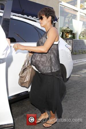 Halle Berry Gives Birth To Son