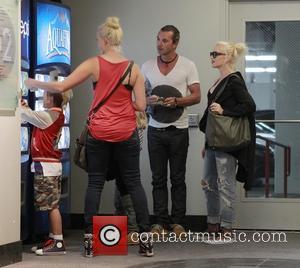 Kingston Rossdale, Zuma Rossdale and Gwen Stefani