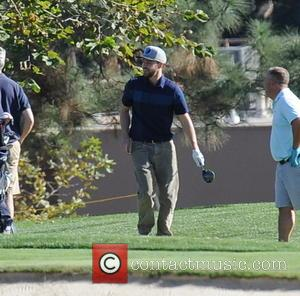 Justin Timberlake - Justin Timberlake taking a break from the studios for a round of golf with pals at Lakeside...