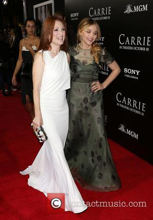 Julianne Moore and Chloë Grace Moretz