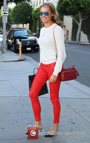 Rebecca Romijn - Rebecca Romijn out and about in Beverly Hills - Beverly Hills, CA, United States - Tuesday 8th...