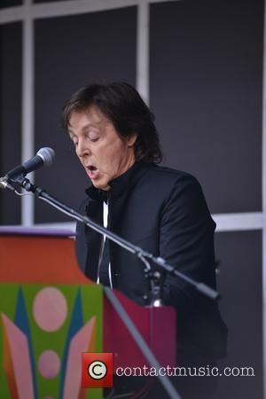 Paul Mccartney Surprises Nyc High School With Impromptu Performance