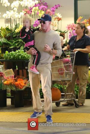 Eric Dane and Billie Dane - Eric Dane stops off at a gas station before shopping for groceries with is...
