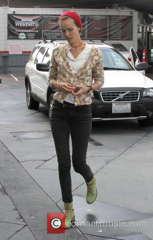 Isabel Lucas - Isabel Lucas out and about in Beverly Hills - Los Angeles, California, United States - Sunday 13th...