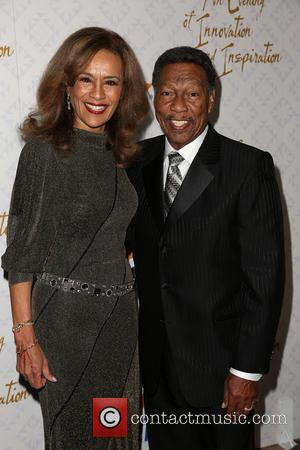 Marilyn McCoo and Billy Davis Jr. - Celebrities attend 10th Annual Alfred Mann Foundation Gala at Robinsons-May Lot. - Los...