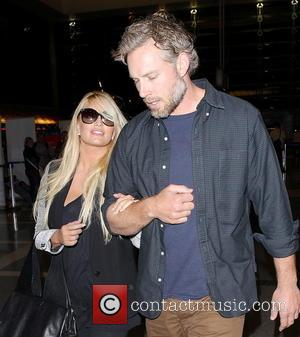 Jessica Simpson And Eric Johnson Get Choked Up Over Wedding Vows, Have Cutest Awkward Moment