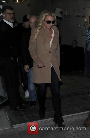 Britney Spears - Britney Spears leaving the Kiss 100 studios - London, United Kingdom - Wednesday 16th October 2013