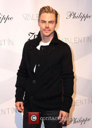 "Derek Hough Suffering With ""Severely Injured"" Back & Could Miss DWTS Tonight"