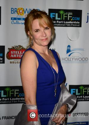 Lea Thompson - The 28th Annual Fort Lauderdale International Film Festival - Opening Night - Arrivals - Fort Lauderdale, FL,...