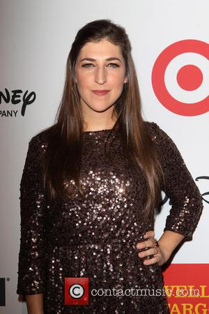 Mayim Bialik - 9th Annual GLSEN Respect Awards The Beverly Hills Hotel - Beverly Hills, California, United States - Saturday...