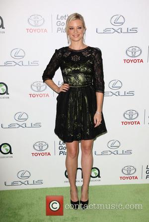 Amy Smart - 23rd Annual Environmental Media Awards Presented By Toyota And Lexus Held at Warner Bros. Studios - Burbank,...