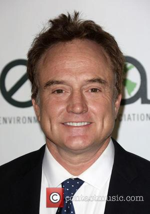 Bradley Whitford - 23rd Annual Environmental Media Awards Presented By Toyota And Lexus Held at Warner Bros. Studios - Burbank,...