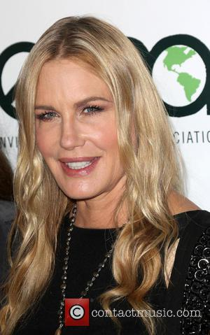 Daryl Hannah - 23rd Annual Environmental Media Awards Presented By Toyota And Lexus Held at Warner Bros. Studios - Burbank,...