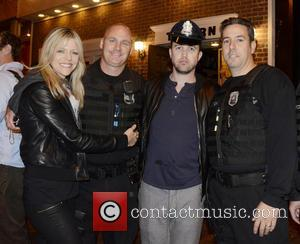 Kaitlin Olson, Rob McElhenney and Philadelphia Police - Rob McElhenney and Kaitlin Olson enjoy a night out with friends at...
