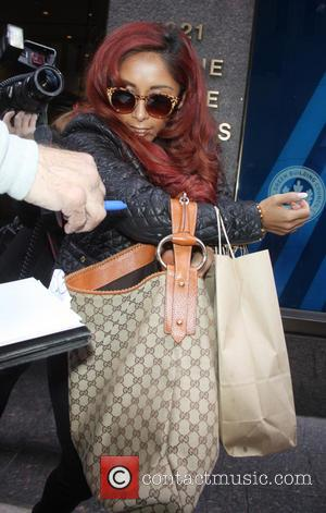 Nicole Snooki Polizzi - Nicole Snooki Polizzi at CBS This Morning promoting the new season of the Vh1 reality show...