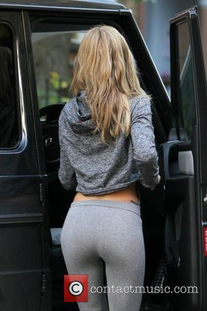 Abbey Clancy - Abbey Clancy heads to her dance studio in tight leggings. - London, United Kingdom - Thursday 24th...