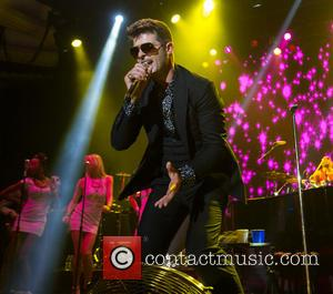 Robin Thicke's Blurred Lines Banned From British University