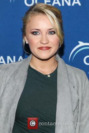 Emily Osment - Oceana Partners Awards Gala 2013 held at The Regent Beverly Wilshire - Arrivals - Beverly Hills, CA,...