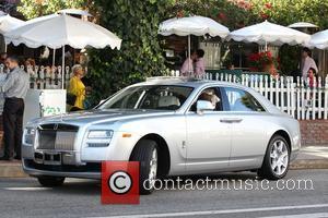 Lisa Vanderpump - Lisa Vanderpump leaving the Ivy restauraunt on Robertson Boulevard in West Hollywood in her Rolls Royce...